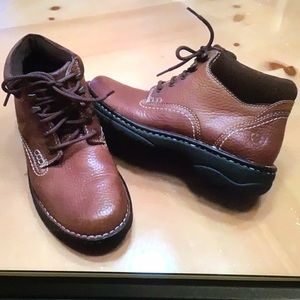 """Ariat """"4LR"""" SZ 7B Brown Leather Ankle Boots *New*"""